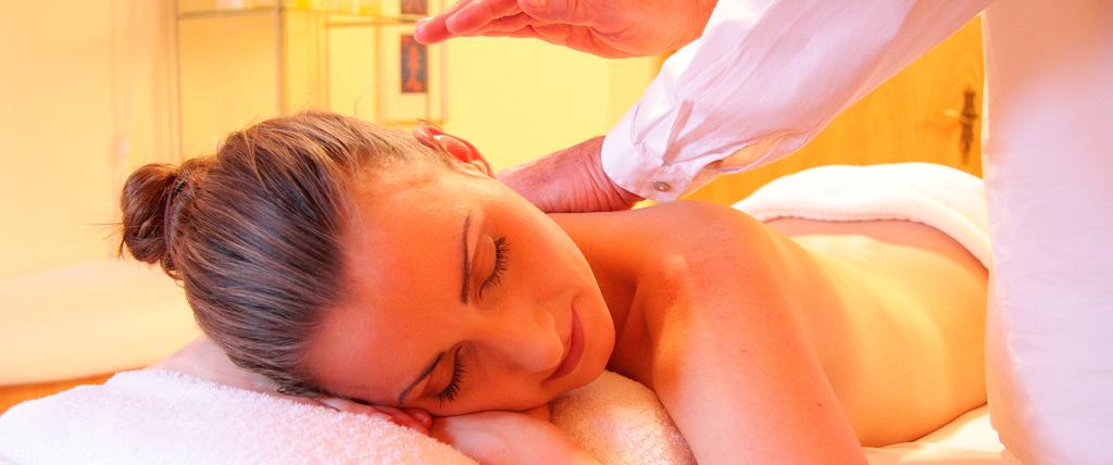 Massagem Relaxante Tui You (推油)